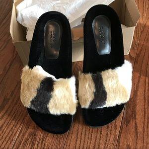 Zara Faux Fur Slides 37